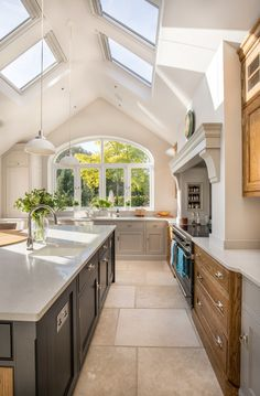 Stunning Kitchen Ceiling Design Ideas Stunning Kitchen Extension Pitched Roof Vaulted Design Ideas Ceiling throughout ucwords] Home Decor Kitchen, Kitchen Living, New Kitchen, Home Kitchens, Space Kitchen, Kitchen Ideas, Sunroom Kitchen, Barn Kitchen, Island Kitchen