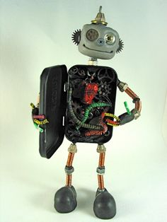 Keep Calm and Craft On: March 2011 - Multi media Steampunk robot made by Kathy Davis, from an old altoid container