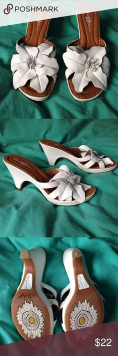 "Born Crown White Leather Flower Sandals Nearly new slides/heels are in pristine condition. Size 8/39, 3 1/4"" heel. These shoes are not thong style. Born Shoes Sandals"