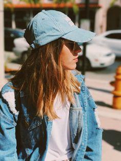 Single , Dutch🇳🇱 ,Gay, Ask me anything :) INSTA: nathasjawesseling -Nathasja Teenage Girl Photography, Portrait Photography Poses, Photography Poses Women, Portrait Poses, Stylish Photo Pose, Stylish Girls Photos, Stylish Girl Pic, Best Photo Poses, Girl Photo Poses