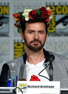 Richard Armitage.. Like what us going on with this?? I gotta know..