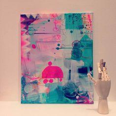 Farverigt maleri med pink og blå farver