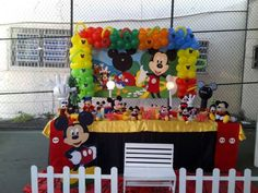 Fiesta Mickey Mouse, Mickey Mouse Clubhouse Party, Mickey Mouse Clubhouse Birthday, Mikey Mouse, Ideas Para Fiestas, Minnie, Birthday Shirts, First Birthdays, Party Themes