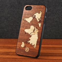 Keyway Atlas Hybrid for the iPhone 5S - Wood iPhone Case / Black