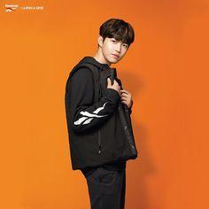 Reebok Classic Forever x Wanna One Kim Jaehwan Jaehwan Wanna One, Guan Lin, Produce 101 Season 2, Ong Seongwoo, Lee Daehwi, Fans Cafe, Kim Jaehwan, Ha Sungwoon, Ji Sung