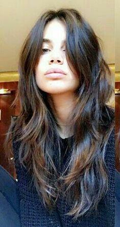 look simple y hermoso Cut My Hair, Long Hair Cuts, Her Hair, Brown Blonde Hair, Brunette Hair, Hair Inspo, Hair Inspiration, Medium Hair Styles, Curly Hair Styles