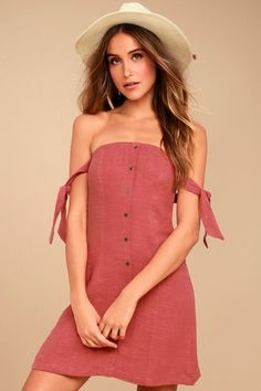 b81c138d1455 You re in for a cuteness overload with the ASTR the Label Araceli Rusty Rose