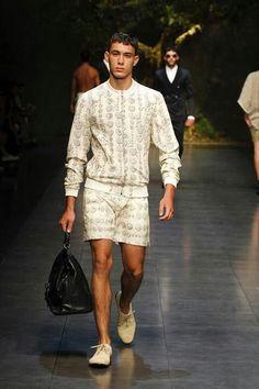 Dolce & Gabbana men's summer 2014 fashion show.