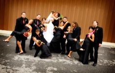 wedding pictures poses ideas | wedding posing ideas / fun bridal party