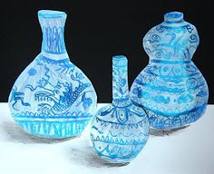 Chine Ming Vases- oil pastel with gesso painted over-top, then scratch out designs Classroom Art Projects, School Art Projects, Art Classroom, Classe D'art, 6th Grade Art, Vase Design, Inspiration Art, Scratch Art, Ecole Art