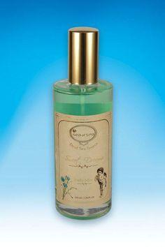 Mgiełka zapachowa do ciała. Sweet Dreams. 100 ml. Odświeżający spray do ciała wzbogacony o kompozycję niezbędnych dla zdrowia minerałów z Morza Martwego. Delikatnie perfumuje i nawilża skórę pozostawiając ją miękką i zmysłowo pachnącą przez cały dzień.
