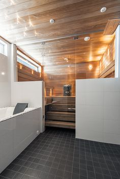 Elegant Interior Designs ∘・゚ Jacuzzi, Modern Saunas, Sauna Shower, Sauna Design, Spa Rooms, Home Spa, Scandinavian Home, Construction, Bathroom Interior