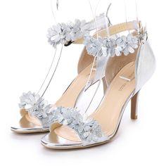 ストロベリーフィールズ STRAWBERRY FIELDS アンクルストラップ サンダル ST3322 (シルバー) -靴とファッションの通販サイト ロコンド