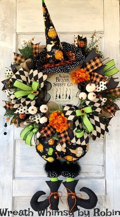 Sharing a Halloween wreath made by Wreath Whimsy by Robin. Now available in h … – All About Trendy Tree – Wreaths Halloween Mesh Wreaths, Halloween Door Decorations, Holiday Wreaths, Holiday Decorations, Seasonal Decor, Halloween Witch Wreath, Halloween School Treats, Halloween Party Supplies, Halloween Crafts