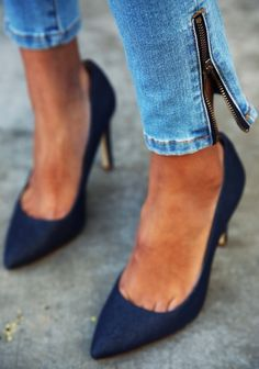 I want these so bad! I have a dress that would go perfect with them :)
