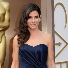 Hair How To: Sandra Bullock's hairstyle at Oscars 2014 - Beauty Bag How to - handbag.com