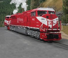 BIG RED: MTH's Premier line of Electro-Motive Division SD9043MAC diesel locomotives includes the Indiana Rail Road paint scheme.