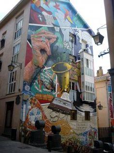 Street Art Quotes, Street Wall Art, Murals Street Art, Building Art, Illusions, City, Interesting Photos, Projects, Painting