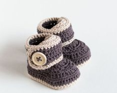 Crochet Pattern for Baby Booties Violet Drops von CrobyPatterns
