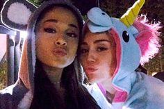 Miley Cyrus e Ariana Grande gravam apresentação juntinhas - http://metropolitanafm.uol.com.br/musicas/miley-cyrus-e-ariana-grande-gravam-apresentacao-juntinhas