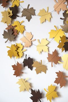 Paper garland bunting wedding garland decor leaf garland party home decor au Paper garland bunting wedding garland decor leaf garland party home decor autumn wall decor fall garland thanksgiving garland Perfect for Fall Leaf Garland, Autumn Crafts, Fall Paper Crafts, Garland Wedding, Fall Diy, Paper Decorations, Paper Flowers, Paper Leaves, Thanksgiving Decorations