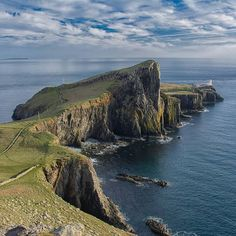 Scotland - Isle Of Skye - Neist Point by Christine Wehrmeier My Land, Natural World, My Dream, Travel Destinations, Amazing, Places To Go, Earth, Instagram, Nature