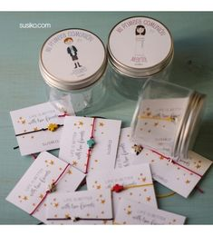 Pulseras para regalar de Primera Comunión personalizados, con tu niño o niña Diy And Crafts, Arts And Crafts, Baptism Favors, Bff Gifts, First Communion, Box Packaging, Minimalist Jewelry, Projects To Try, Baby Shower