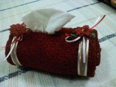 Kleneex y toalla , un regalo util.