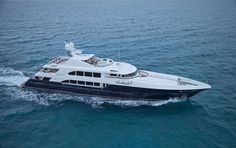 COCKTAILS yacht