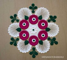 Here are some very easy and simple rangoli designs you can make them at any festival. Simple rangolis are the best choice. Very Easy Rangoli Designs, Rangoli Designs Flower, Free Hand Rangoli Design, Rangoli Designs Images, Rangoli Designs With Dots, Rangoli Designs Diwali, Beautiful Rangoli Designs, Simple Designs, Rangoli Ideas