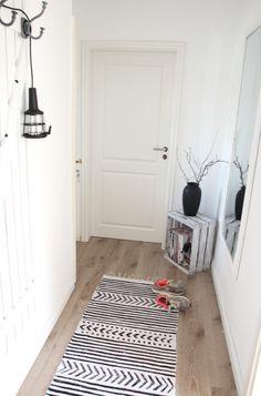DIY Teppich schwarz/weiß ✓ Teppich a lá House Doctor selber machen