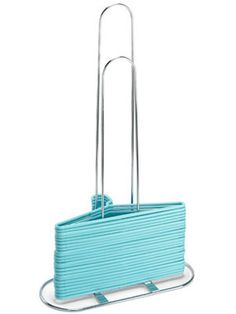 I really want this hanger organizer… nothing worse than having all the empty hangers just hanging out and falling on the floor.