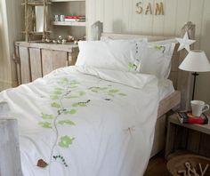 kids bed linen, girls, boys, bugs, leaves, organic, bedding