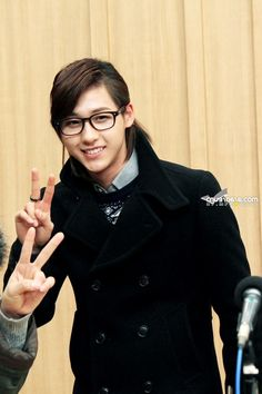 Shin Dongwoo 신동우 (CNU 신우)  is my bias. He dances, raps, sings, and acts. Born June 16, 1991 makes him the oldest member