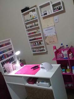 Home Beauty Salon, Home Nail Salon, Beauty Salon Decor, Beauty Salon Interior, Salon Interior Design, Nail Desk, Nail Room, Nail Salon Design, Deco Spa