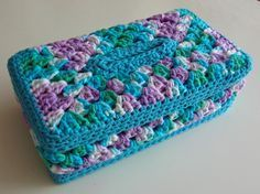 Granny panel tissue box cover.  FREE PATTERN 9/14.