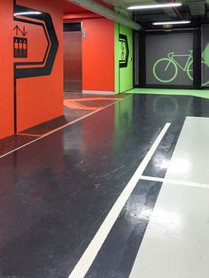 Way finding design for the 15 William St basement car park and end of trip cyclist facilities located in Melbourne's CBD. Parking Signs, Car Parking, Parking Lot, Signage Design, Facade Design, Epoxy Resin Flooring, Park Signage, Wayfinding Signs, Bike Room