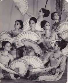Vintage Bayanihan Dance Troupe  MT The Pearl #inspiration