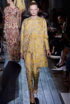 Valentino Fall 2012 Couture Fashion Show - Hanne Gaby Odiele (IMG)