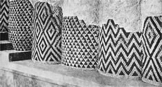 Cone mosaic pattern columns, Late Uruk, c. 3300-3000 BCE. Technique of ornamenting facades with cone mosaics from as early as mid-4th mill., by the end of the 4th had become characteristic of palatial architecture in E-anna precinct.