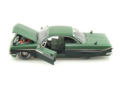 Cool Cars accessories 2017: 1961 Chevy Impala Collector's Club L/E 1/24 Green  Diecast Model Cars Check more at http://autoboard.pro/2017/2017/04/11/cars-accessories-2017-1961-chevy-impala-collectors-club-le-124-green-diecast-model-cars/