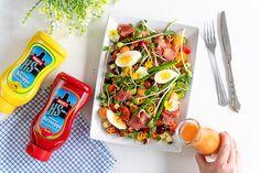 Valmista värikäs ja ruokaisa salaatti pääsiäiseen ja kevään juhlahetkiin. Valmista ihana kastike ja tarjoa salaatin seurana. Couscous, Fresh Rolls, Ethnic Recipes, Food, Essen, Meals, Yemek, Eten