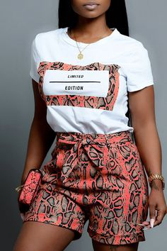 Lovely Casual O Neck Snakeskin Pattern Printed Croci Two-piece Shorts Set We Offer Top Good Quality Cheap Clothes For Women And Men Clothing Wholesaler, Get Affordable Clothing At Worldwide. African Fashion Ankara, Latest African Fashion Dresses, African Print Fashion, Africa Fashion, African Style, Short African Dresses, African Print Dresses, African Skirt, Ankara Dress Styles