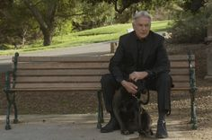 """NCIS S13E20 Charade --- the dog is """"Dave""""; Mark's rescue dog"""