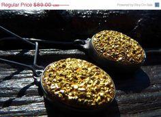 gold druzy earrings beijoflor.etsy.com