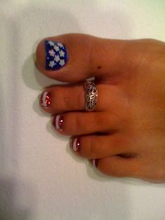 Memorial Day nail art, American flag nails - USA Pedi, 4th of July Pedicure, stars and stripes, red, white, blue polish