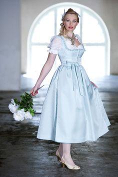 Hochzeitsdirndl hellblau, Seidendirndl, HANNA-Trachten, Salzburg