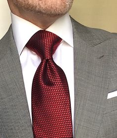 London York Executive Knot Ties: Designed to make a more substantial knot for an elegant, powerful look. Stylish Mens Fashion, Mens Fashion Suits, Mens Suits, Stylish Menswear, Fashion Shirts, Suits You Sir, Suit Combinations, Herren Outfit, Classy Men
