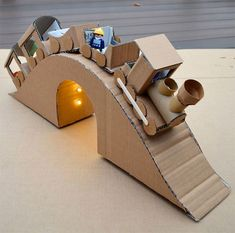 cardboard train To share ideas and other fun creations of the Little One, . - cardboard train To share ideas and other fun creations of the little one, let& - Cardboard Train, Cardboard City, Cardboard Toys, Wooden Toys, Cardboard Crafts Kids, Cardboard Cartons, Cardboard Playhouse, Cardboard Furniture, Projects For Kids
