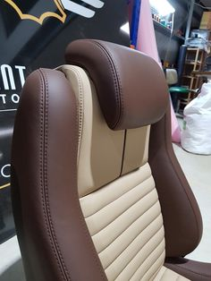 Car Seat Upholstery, Car Interior Upholstery, Automotive Upholstery, Custom Car Interior, Car Interior Design, Truck Interior, Lazy Boy Chair, Leather Car Seat Covers, T2 T3